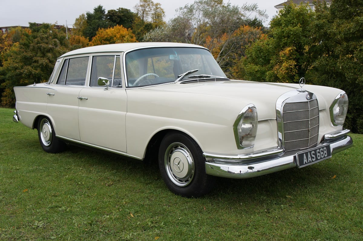 mercedes w111 220s heckflosse 1963 south western vehicle auctions ltd. Black Bedroom Furniture Sets. Home Design Ideas