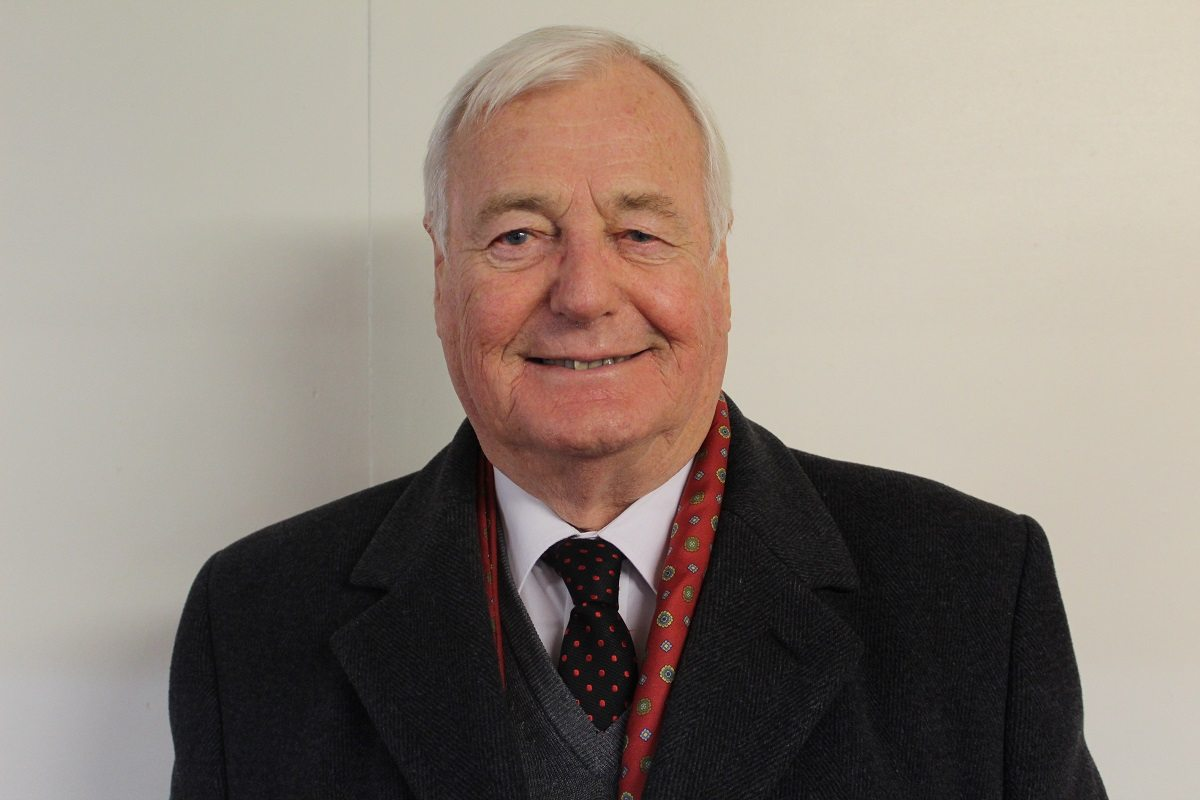 Christopher Holmes