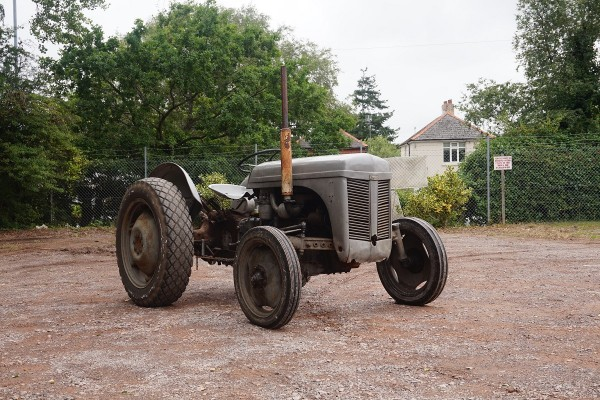 tractor  (1)