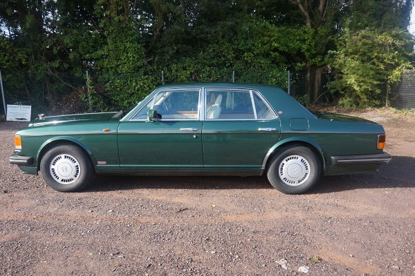 Bentley (10)