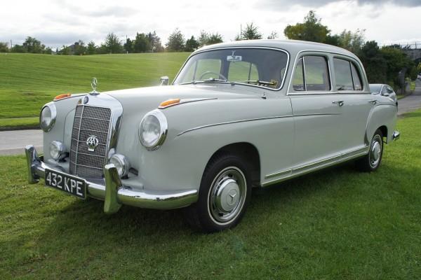 Mercedes 220  (12)
