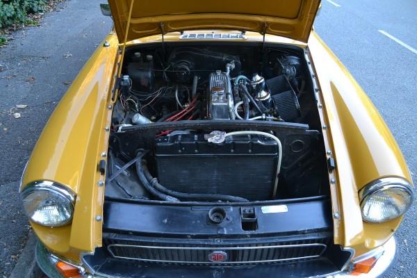 MG B GT (4)