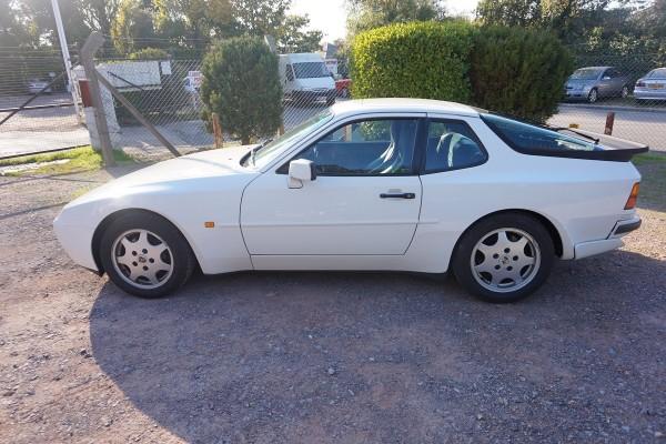 Porsche 944  (10)