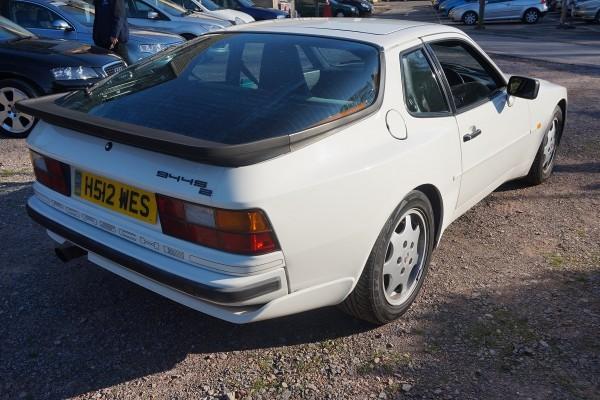 Porsche 944  (12)