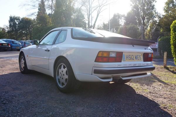 Porsche 944  (2)