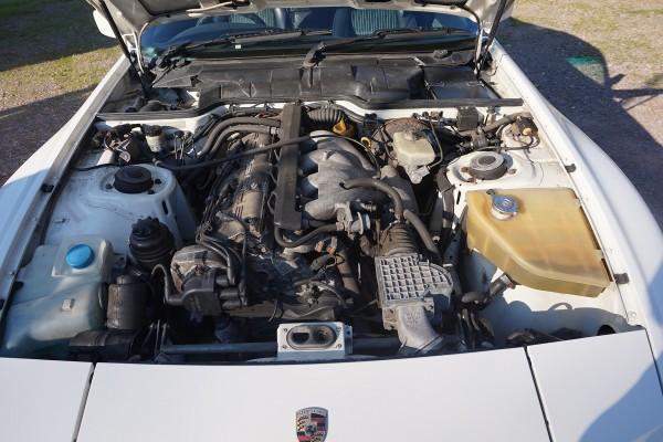 Porsche 944  (9)